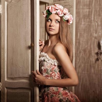 girl-at-the-door